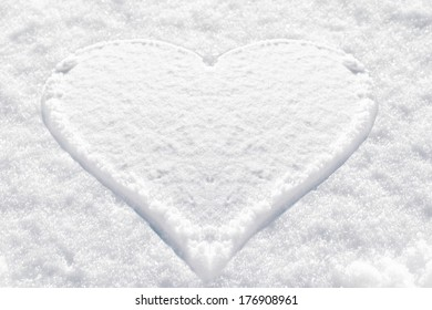 heart shape  snow texture background