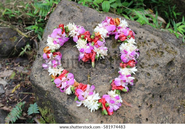 Heart shaped wreath made of fresh flowers - Hawaiian Lei