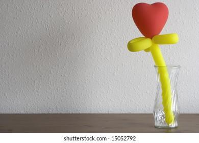 Heart-shaped balloon flower