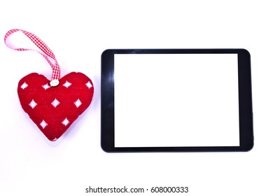 Heart-shaped tag and tablet