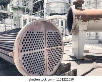 Reparatur von Wärmeaustauschen in Fabriken der petrochemischen Industrie