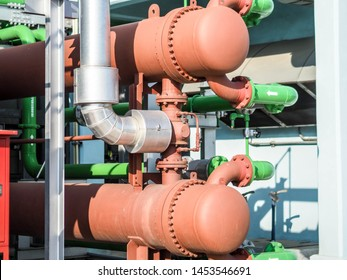 Heat exchanger systems for cooling oil temperature of gas turbine generator systems in power plant.