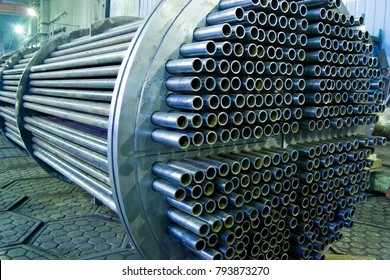 Heat exchanger, tube bundle
