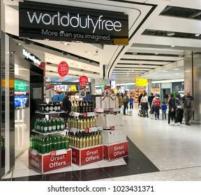 Heathrow Airport 6b9e50e674b