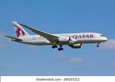 HEATHROW, LONDON, UK - MAY 3: Qatar Airways Boeing 787 Dreamliner (A7-BCG) landing on May 3, 2014 at London Heathrow Airport, London, UK.