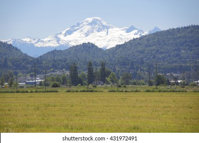 A heavy snow pack on Washington's Mt. Baker could threaten flooding during the Spring months/Snow Pack on Mt. Baker Washington/A heavy snow pack on Washington's Mt. Baker could threaten flooding.
