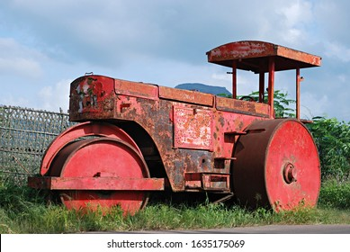 Heavy steamroller parked at the side of the Sinhgad road. Maharashtra, India.