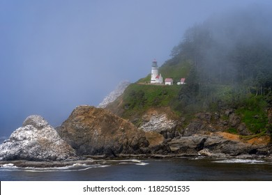 Heceta Head Lighthouse - Oregon Coast