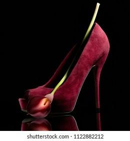 heel with flower