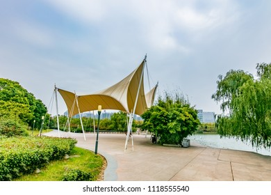Hefei City, Anhui Province Swan Lake awning architectural landscape