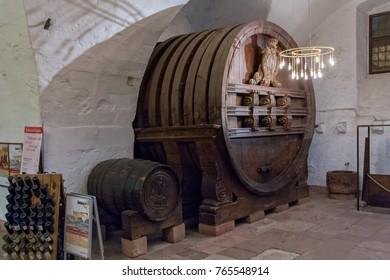 HEIDELBERG/ GERMANY - DECEMBER 18, 2008: Great wine tun on December 18, 2008 in Heidelberg.