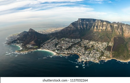 Helicopter flight over Capetown
