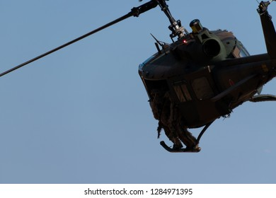 helicopter and soldiers