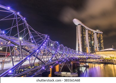 Helix Bridge, City View in Singapore. 27 Feb. 2016