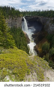 Helmcken Falls Wells Grey Provincial park Canada