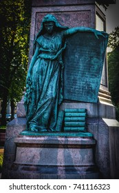 Helsinki (Finland) The Maiden of Finland, wrapped in a bearskin. In her left hand, she holds a table with the words of the Finnish national  poem by Johan Ludvig Runeberg in Swedish. Summer 01.09.2017