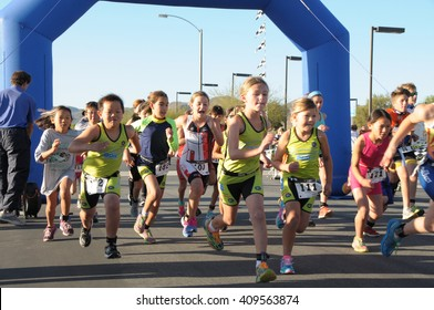 Hemet, California/USA-April 17 2016:Athletes running in the Diamond Valley Triathlon
