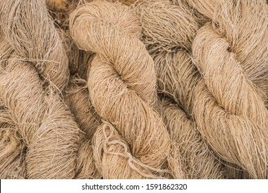 Hemp raw material hemp thread as plait hemp roving