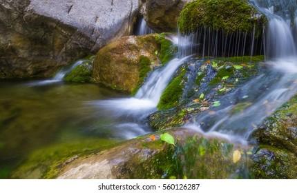 Henan Jiaozuo Yuntai Mountain waterfall slow door scene