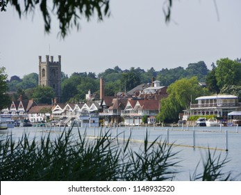 Henley on Thames from the river bank