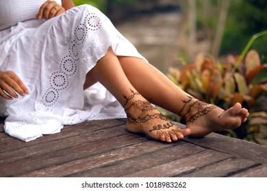 835 Henna Body Henna Body Painting Images Royalty Free Stock