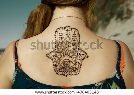 Henna Tattoo Mehendy Painted On Back Foto De Stock Editar Ahora