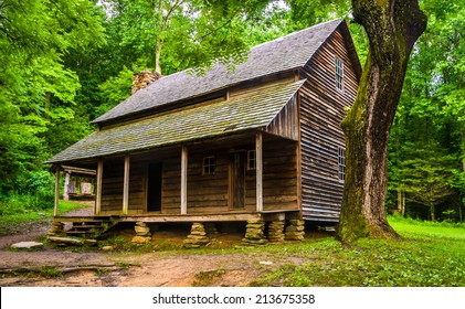 The Henry Whitehead Cabin, at Cade's Cove, Great Smoky Mountains National Park, Tennessee.