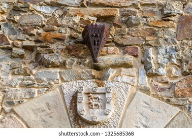 Heraldic shield. Tower of the Osorio. Turienzo de los Caballeros, Leon, Spain.