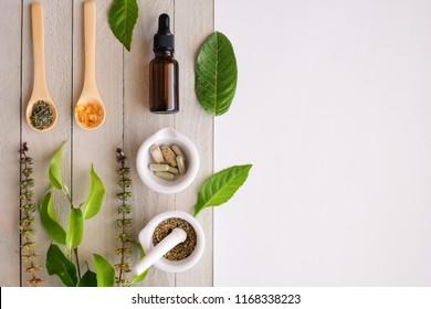 pflanzliches organisches Arzneimittel. Naturkraut, essenziell aus der Natur.