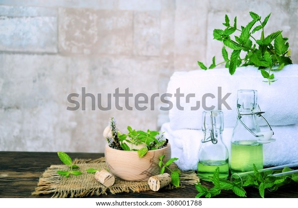 Herbal spa with essential oils of mint and mortar