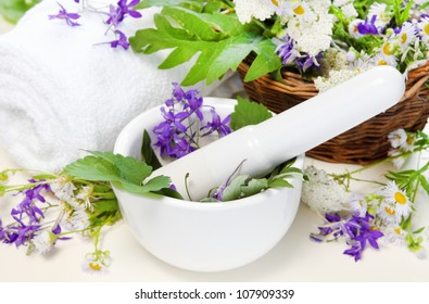 Herbal Spa Set with Mortar and White Towel