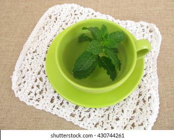 Herbal tea with fresh mint leaves