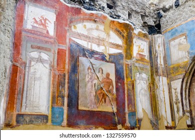 Herculaneum, ancient roman town: Hercules, Juno and Minerva fresco, College of the Augustans. Archeological site, Ercolano Italy