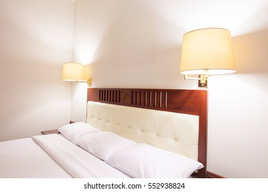 Heritage bed room style
