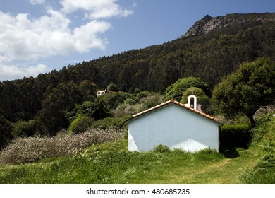hermitage of San Xiao, place deperegrinación from the village of Honey, Shire of Ortegal, Cape Ortegal, pilgrims,the Aguillóns, separating the Atlantic and Cantabrian oldest rocks in the world,