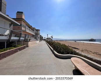 Hermosa Beach, CA: October 5, 2021:  People enjoying the sun and ocean in Hermosa Beach, California on a sunny day. Hermosa Beach is a popular destination in southern California.