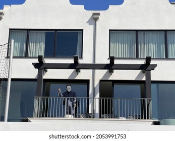 Hermosa Beach, CA: October 5, 2021:  A spooky Halloween costume in front of a Hermosa Beach home.  Hermosa Beach is a city in LA County.