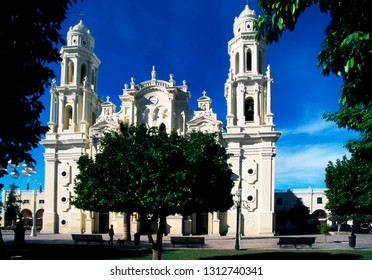 Hermosillo, Sonora, Mexico, Plaza Zaragoza, Our Lady of Ascension, Metropolitan Cathedral of Hermosillo, November 30, 2000