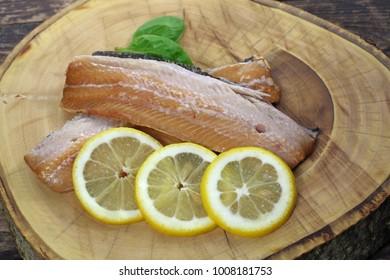 herring fillet with lemon