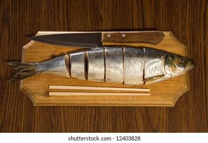 herring and knife