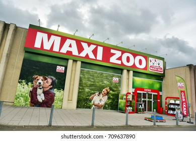 HERSTAL, BELGIUM - AUGUST 17, 2017: Maxi Zoo store, a store for pet food and pet supplies owned by Fressnapf Tiernahrungs GmbH, a German franchise company for pet food.