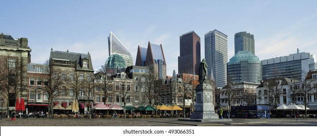 Het Plein, The Square, Den Haag, 's Gravenhage, Contrast between old and new architecture.