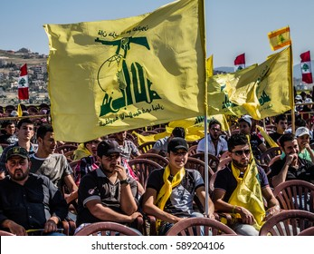 Hezbollah's young supporters at Liberation Day (Bint Jbeil, 25 May 2014)