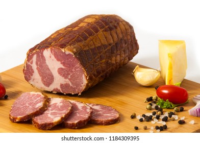 Hickory smoked sliced beef ham stuffed in a net - Dimljeni suvi govedji vrat