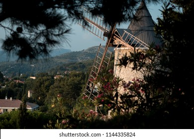 Hidden mill in the south of the France