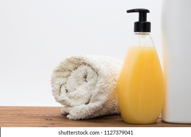 hidratente soaps and cream, cleaning products and body care