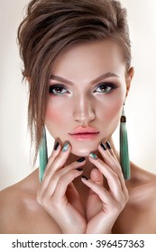 High fashion look. glamor closeup portrait of beautiful sexy stylish brunette young woman model with bright makeup