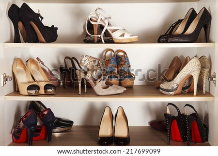 competitive price b4376 66efe high-heels-collection-450w-217699099.jpg