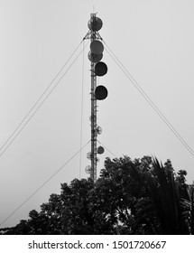 A high mobile network tower with microwaves devices