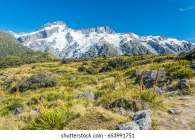 High mountains in Mount Cook National Park, New Zealand
